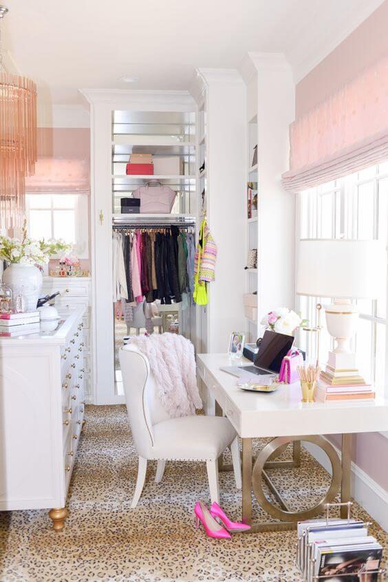 armário com home office