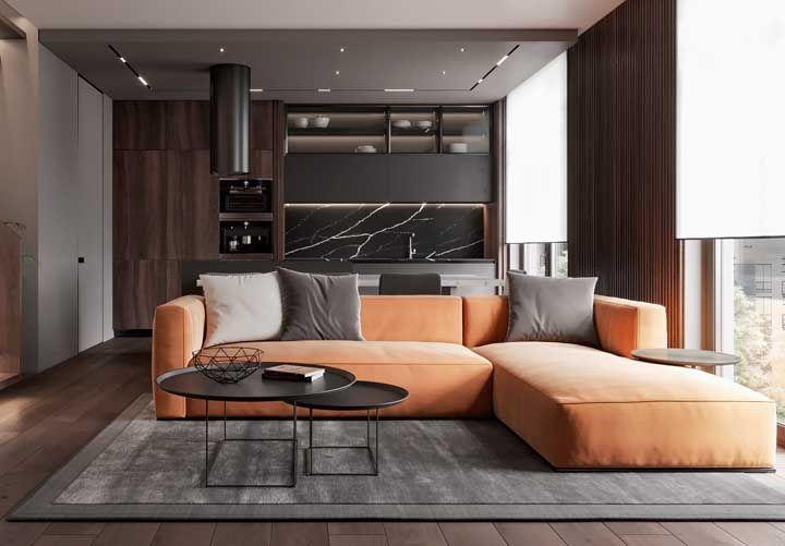 laranja fosco no sofá