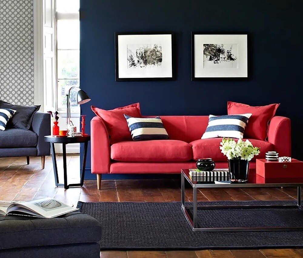 sofa vermelho de veludo