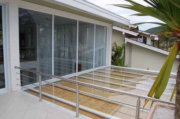 porta balcão na varanda