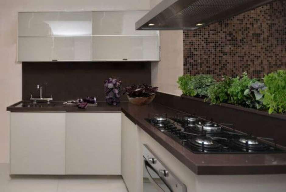 cozinha com granito marrom