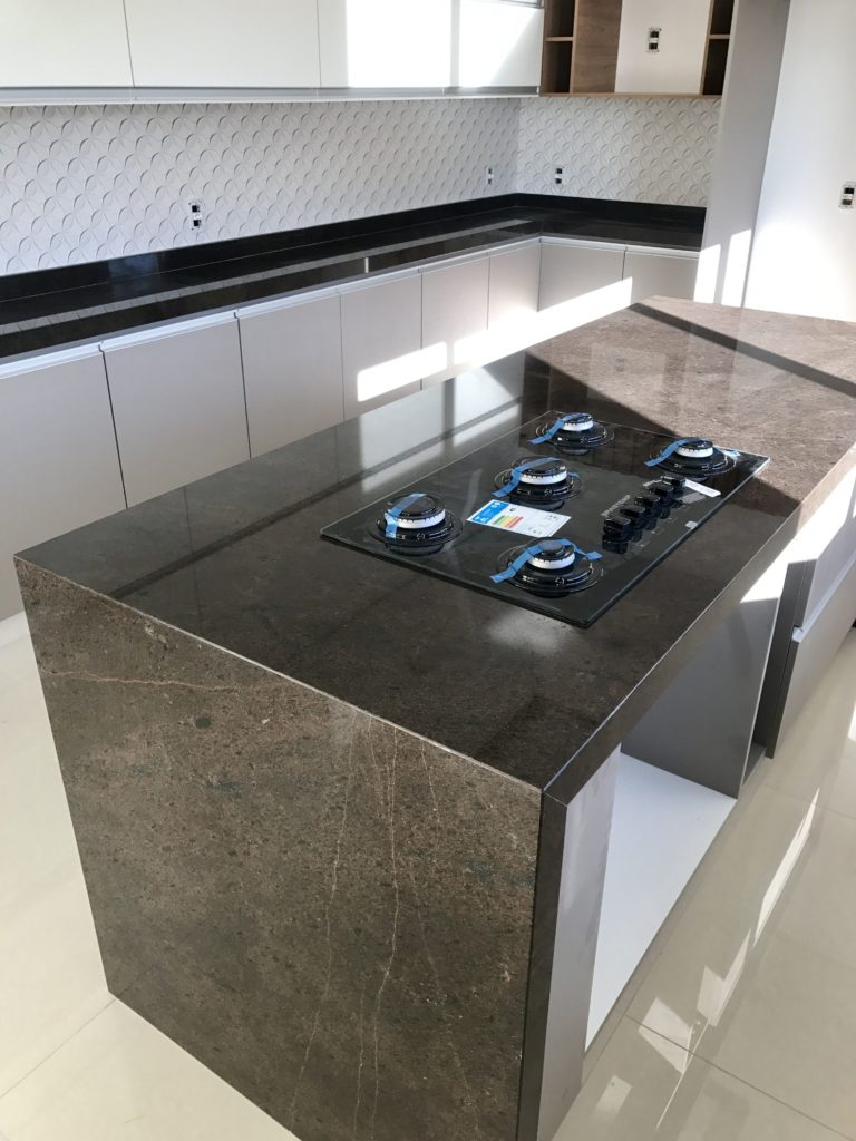 granito marrom para cozinha