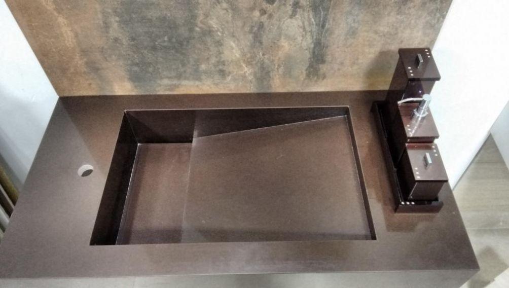 granito marrom para banheiro