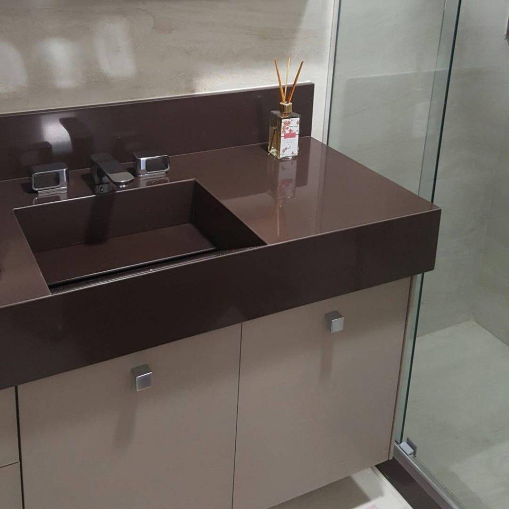 banheiro com granito