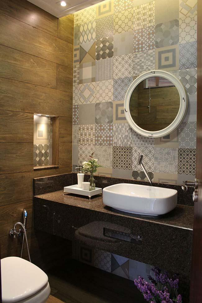 granito marrom o banheiro
