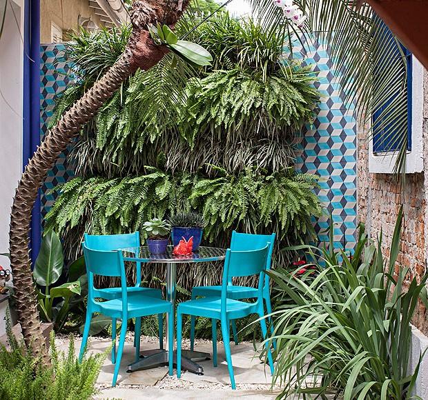 varanda pequena com jardim