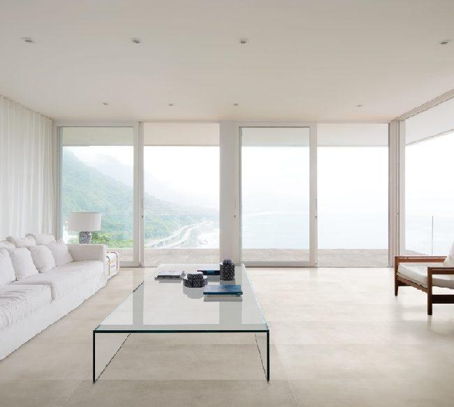 sala minimalista branca