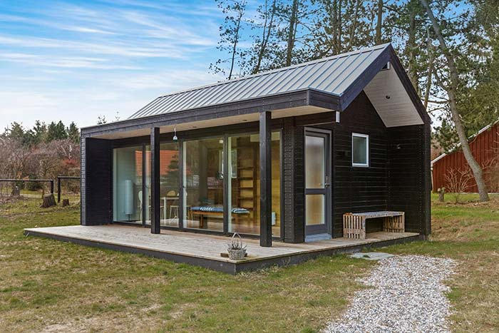 pequena casa de madeira