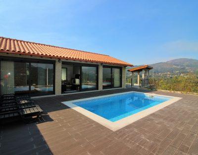 paisagem da piscina