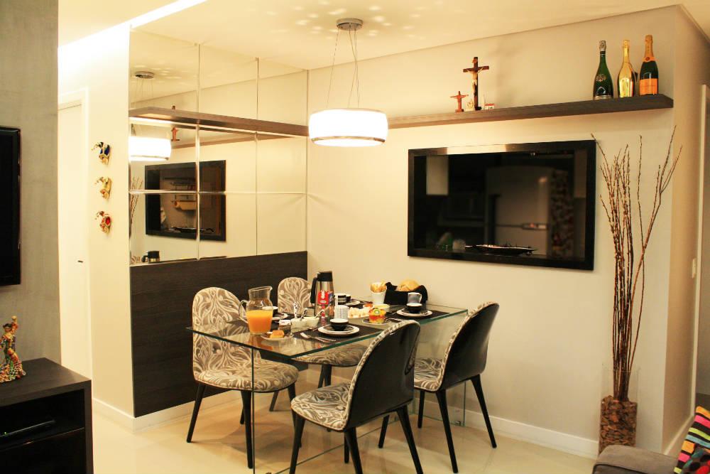 sala de jantar com tv altura da tv na parede