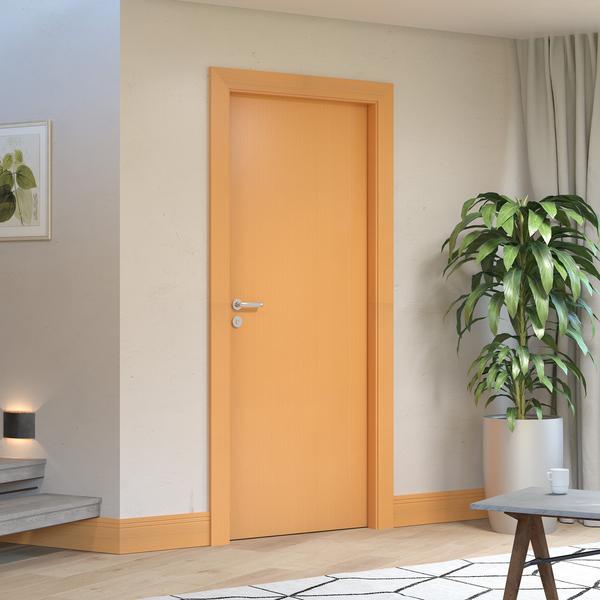 porta da mesma cor do rodapé