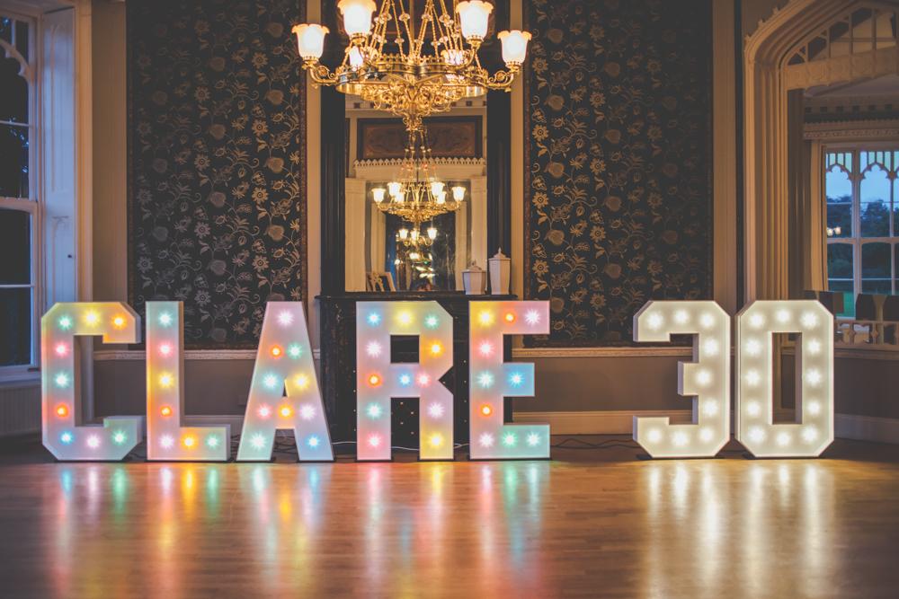iluminação de letras