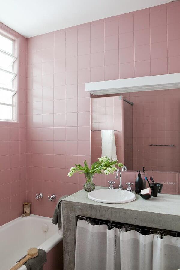 rosa envelhecido para banheiro