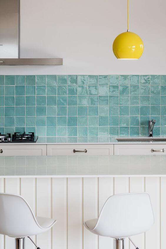 cozinha com revestimento pintado