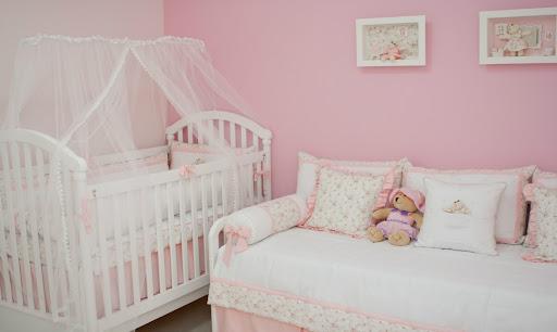 quarto e bebê decorado
