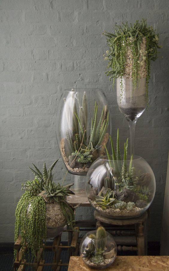 decoração com vaso de vidro