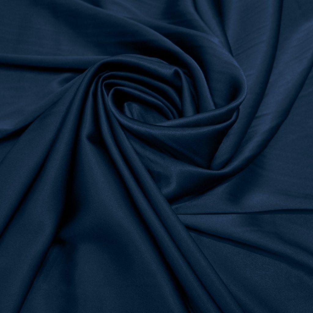 tecido em azul